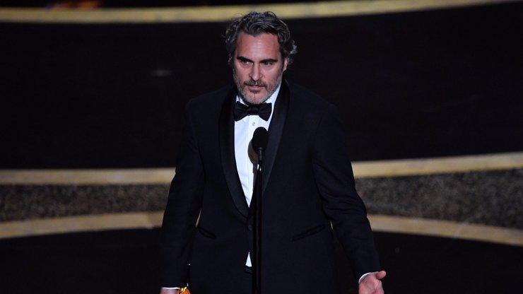 Výherci cen Oscar 2020: Parazit porazil favority, nejlepším hercem je Joaquin Phoenix