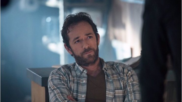 6 herců, s nimiž zemřela i jejich postava: Co se stalo s tou, kterou hrál Luke Perry