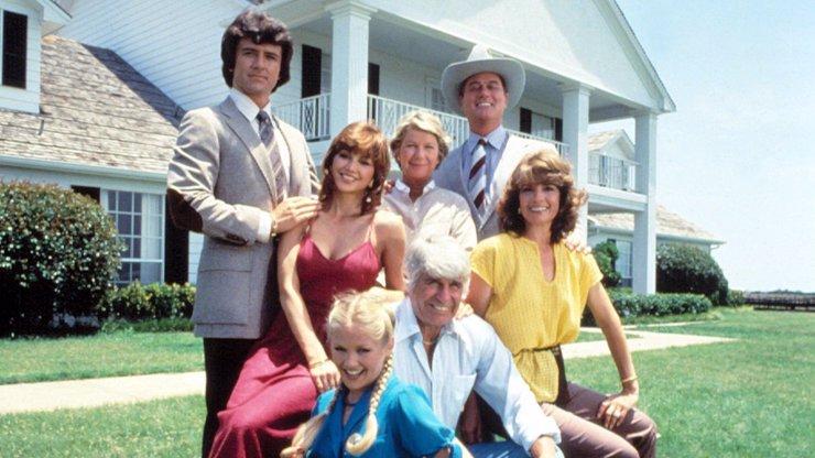 Seriál Dallas byl fenoménem 90. let minulého století.