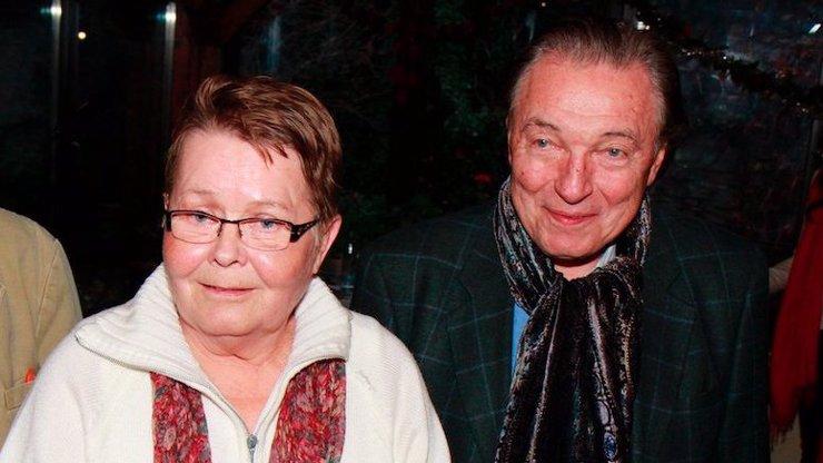 Nejdojemnější fotky dvou legend: Jana Drbohlavová ze Saxany odešla měsíc po Gottovi
