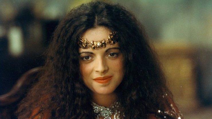Čas se jí vryl do tváře: Takhle dnes vypadá nafoukaná princezna Bosana ze Tří veteránů!