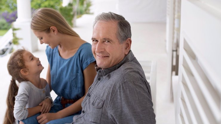 Ženy, zbystřete! Máte slabost pro starší muže? Tohle jsou ty největší výhody, proč do toho jít!