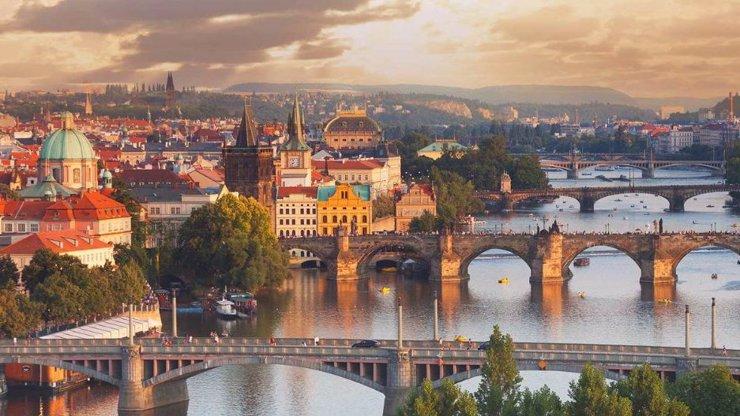 19 nejbohatších a ekonomicky nejstabilnějších zemí na světě. Neuvěříte, jak dobře si stojí Česko!