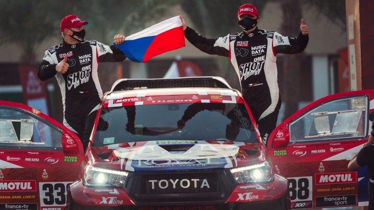 Český tým si na Dakaru prošel peklem: Po psychické stránce jsem si sáhl na dno, říká závodník