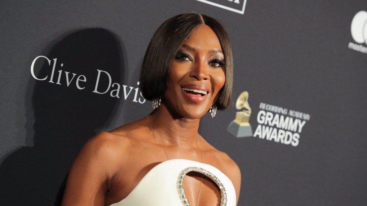Proměna Naomi Campbell: Ze supermodelky mámou téměř v 51 letech