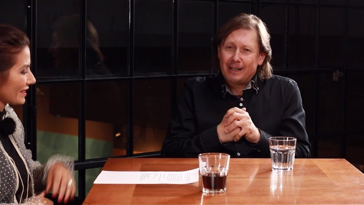 Extra Host Pavel Kožíšek: Lidé mi dobrovolně platí za podvádění, přísahal jsem, že kouzla neprozradím