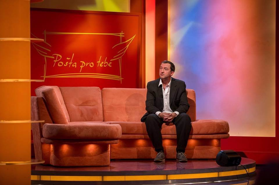 Nový seriál MOST slibuje pořádnou dávku zábavy: Má ale takový humor šanci uspět u Čechů?