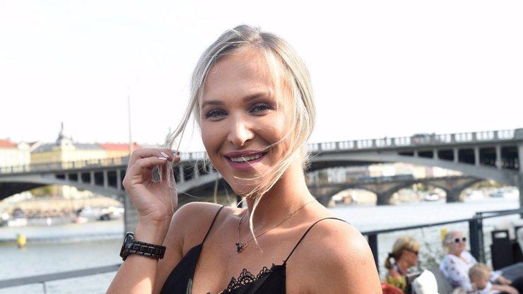 Nela Slováková přiznala inkontinenční pomůcku: Fotka v plavkách vyvolala zdvižená obočí