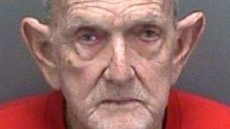 HOAX ROKU! Texaský masakr ufoním přirozením: Tento muž znásilnil 79 lidí!
