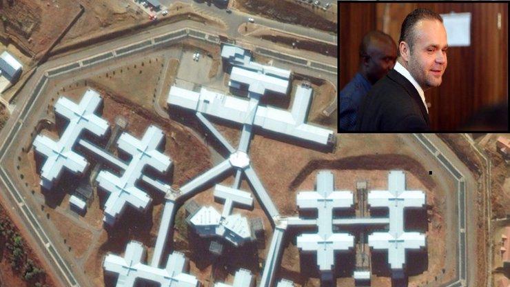 Nejsem násilník, jsem hodný kluk, vzkázal Krejčíř a pokusil se o útěk z nejstřeženější jihoafrické věznice