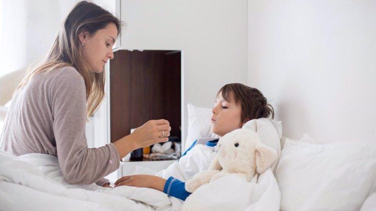 Čtyřletý chlapec zemřel na chřipku: Matka mu nedala léky, radila se s odpůrci očkování