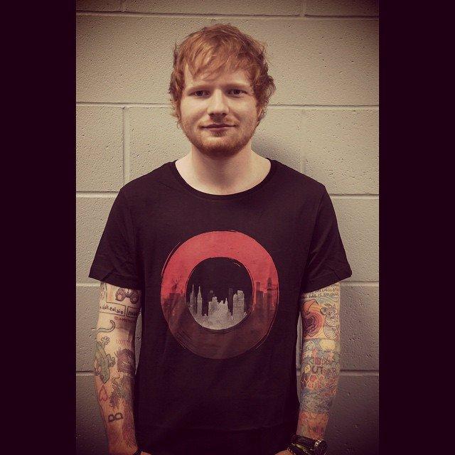 Ed Sheeran se stal otcem: Manželka Cherry porodila holčičku, dostala podivné jméno
