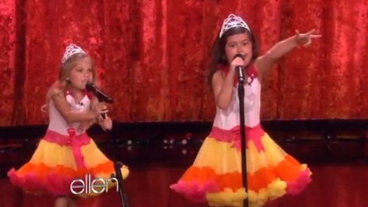 Facebooková senzace: Tyhle dvě malé holky nadchly svět svým drsným rapem!