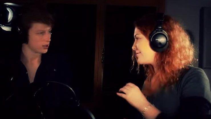 Mišík junior se spojil se zpěvačkou Debbi a natočili song. Má tohle mezinárodní úroveň?
