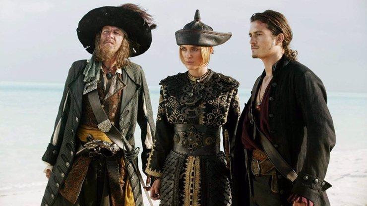 Zajímavosti o filmu Piráti z Karibiku: Na konci světa. Keith Richards byl při natáčení jak dělo