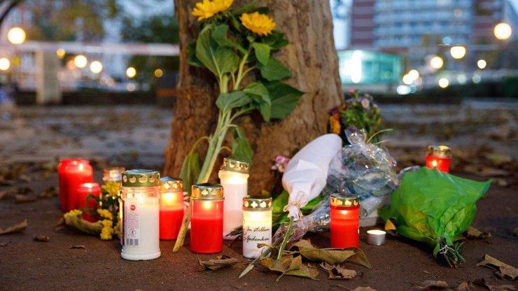 Střelec z Vídně vycestoval před útokem na Slovensko. Údajně jel za svým známým