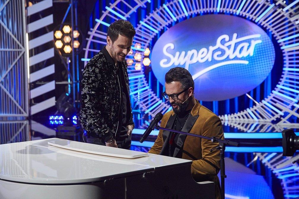 Účastníci pařby po finále SuperStar mají pořádný malér! Za popíjení v hospodě do rána hrozí tučná pokuta