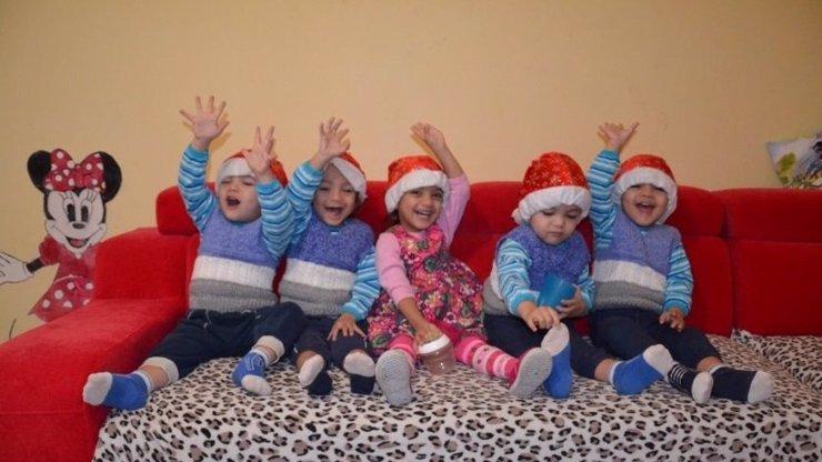 Nejslavnější česká paterčata milují Vánoce: Těmito dárky jim uděláte ohromnou radost