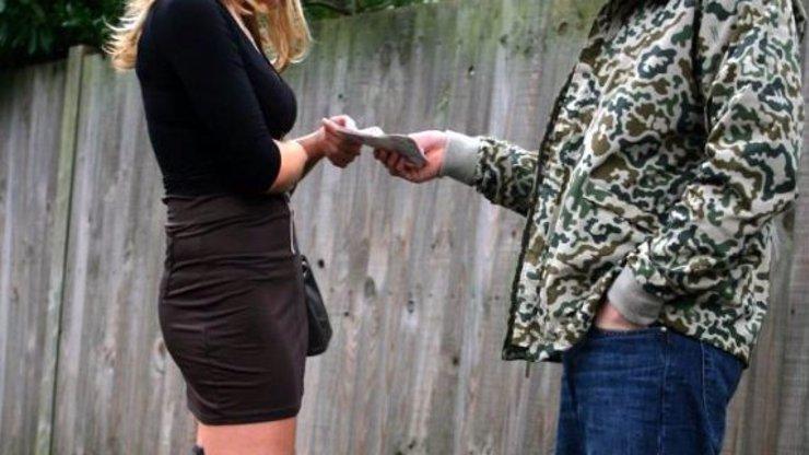 Legalizace prostituce do státní kasičky přinese miliardy: Přestaňte se tvářit, že neexistuje, řekl Hřib