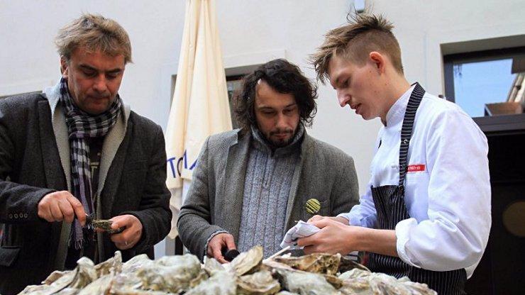 Poznáte kuchaře z MasterChef 2020? Takhle vypadal Přemek Forejt na začátku kariéry