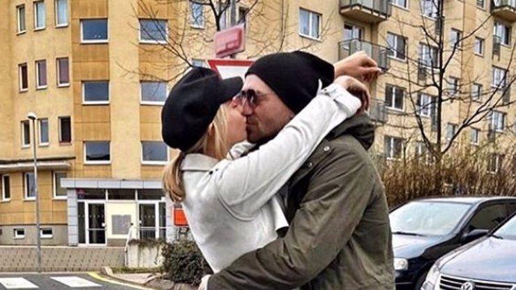 Láskyplné vyznání propuštěného Tomáše Řepky: Tohle ještě žádné přítelkyni neřekl