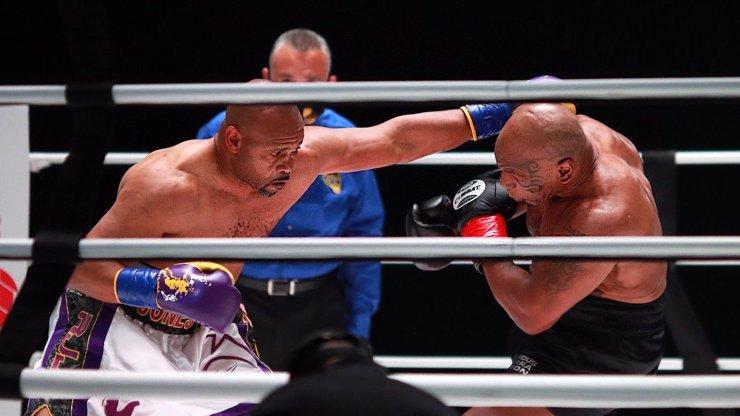 Železný Mike Tyson po 20 letech: Rval se v ringu jako za mlada. Zopakuju si to, říká boxer