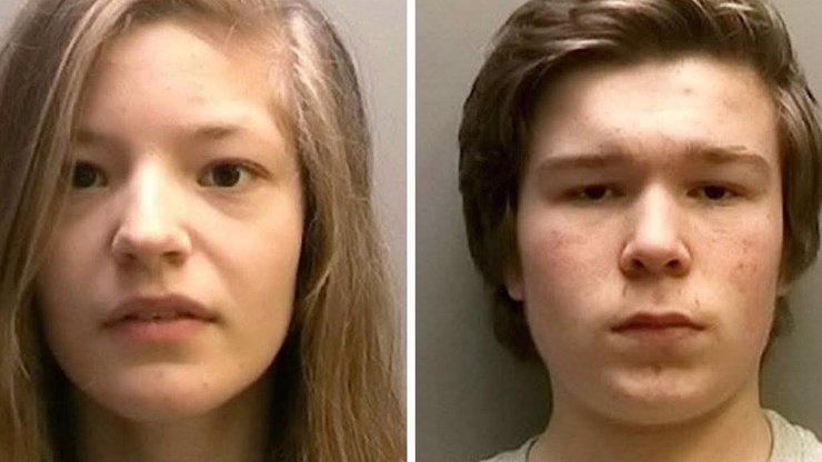 Čtrnáctiletý pár chladnokrevně ubodal matku a sestru! Pak se v klidu podívali na celou sérii Twilight.
