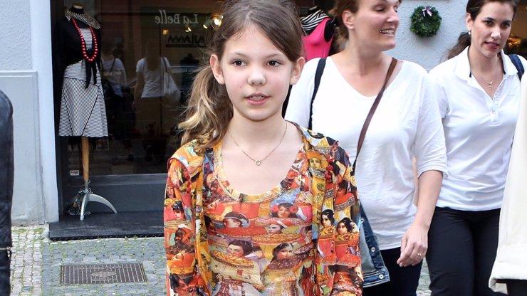 Tahle dívka kdysi vyvolala rozruch ve VIP Prostřeno! Bude stejně zlobivá jako její smyslná máma?