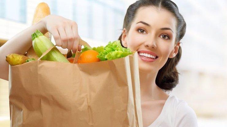 Chcete být fit? Tady je 5 mýtů o jídle, kterým všichni věříme!