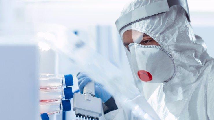 Ostrůvek zkázy a beznaděje. Česká republika nezvládá boj s pandemií, píše se v zahraničí