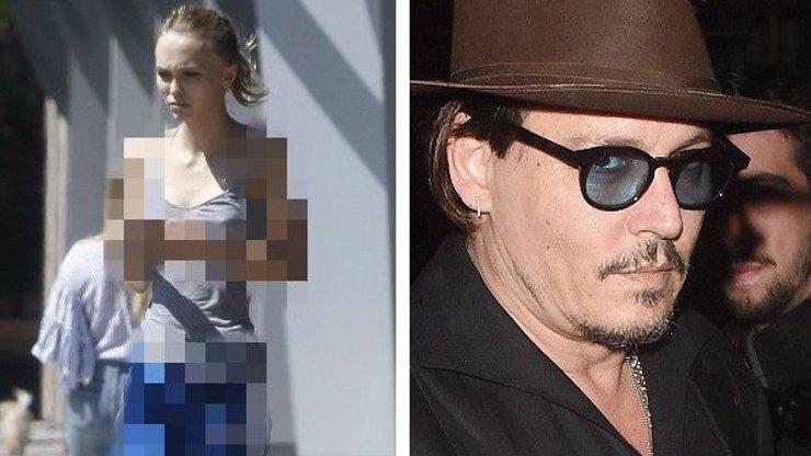 Z dcery Johnnyho Deppa je anorektička: Podívejte se, jak se klepe ve vedru a místo nohou má hůlčičky!