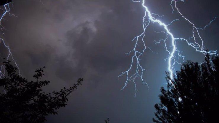 Výstraha pro Česko:  Lijáky a bouřky hrozí, že stoupnou hladiny řek