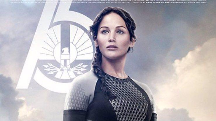 Takhle vypadají plakáty na novou epizodu Hunger Games. Herci jsou vyretušováni k nepoznání