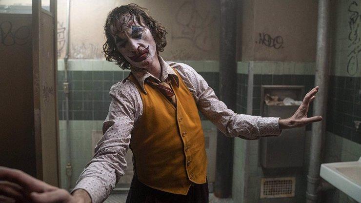 Diváci chtějí bojkotovat snímek Joker: Na filmu vydělává obrovské peníze usvědčený pedofil