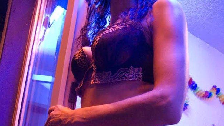 Stránka s hodnocením prostitutek boří internet! Elenka je mimořádně kvalitní, radí uživatel