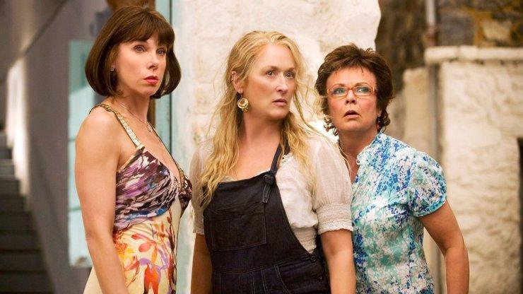 Největší herecký úlet století dnes v TV: Mamma Mia! je totální brak vytuněný geniálním obsazením