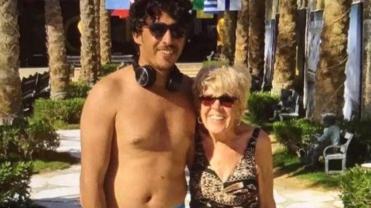 Seniorka (81) sbalila o 46 let mladšího Egypťana: Po svatební noci jsem nemohla chodit, tvrdí