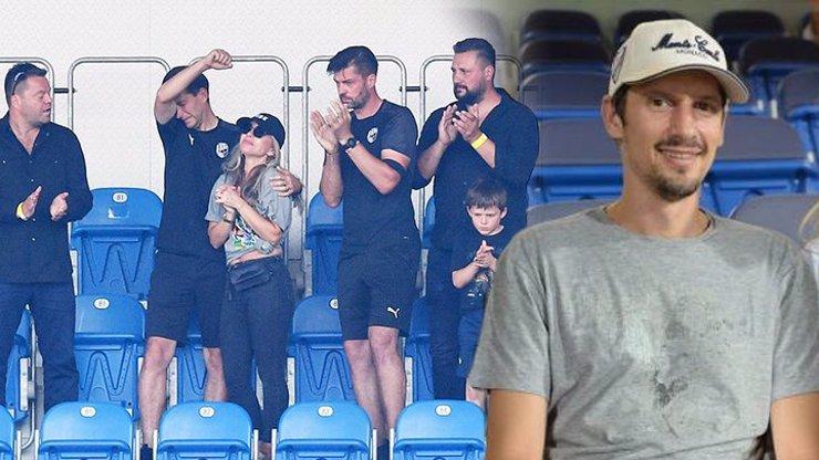 Smrt Mariána Čišovského (†40): Vdovu musely při děkovačce podpírat klubové legendy