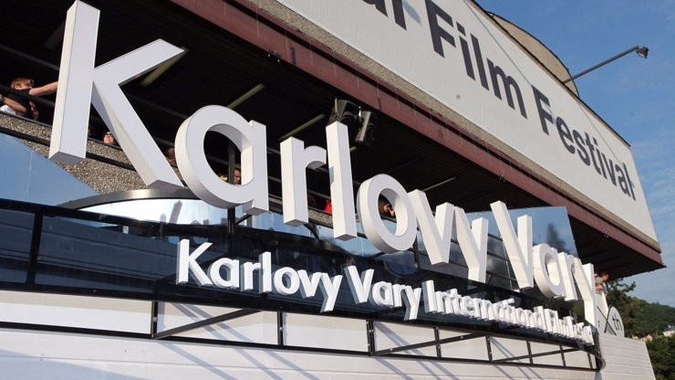 Součástí filmového festivalu v Karlových Varech bude i klub Kaiser 54: Kdo se představí?