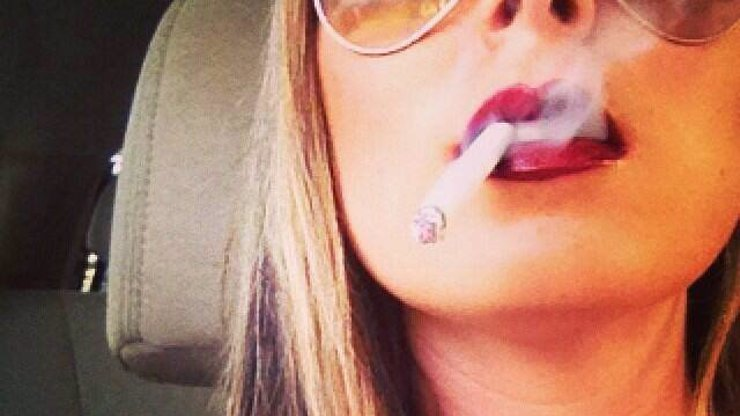 Kuřáci, pozor: 20 cigaret denně vám může poškodit zrak a BAREVNÉ VIDĚNÍ