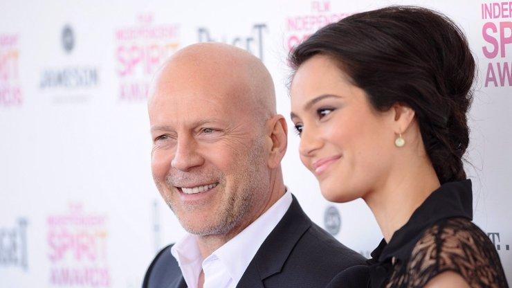 Bruce Willis slaví 65. narozeniny: Divoký milovník se usadil až na stará kolena