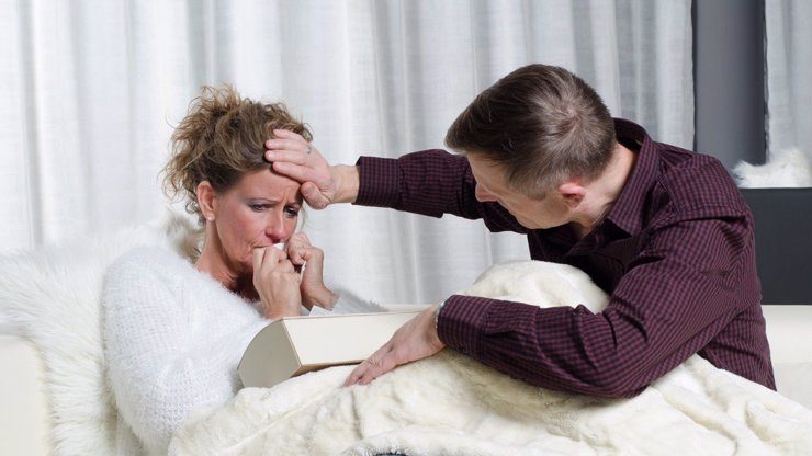 Nakažený Čech Pavel (28) o průběhu koronaviru: 8 dní horeček, nemocná žena lapá po dechu