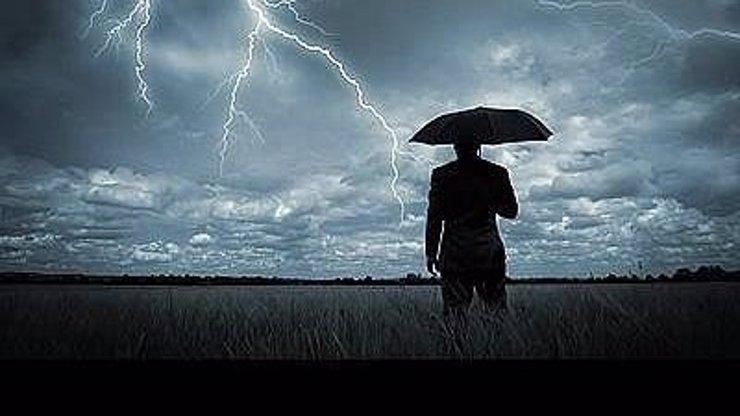 Předpověď počasí na víkend: Připravte si deštníky, bude pršet a dorazí i bouřky