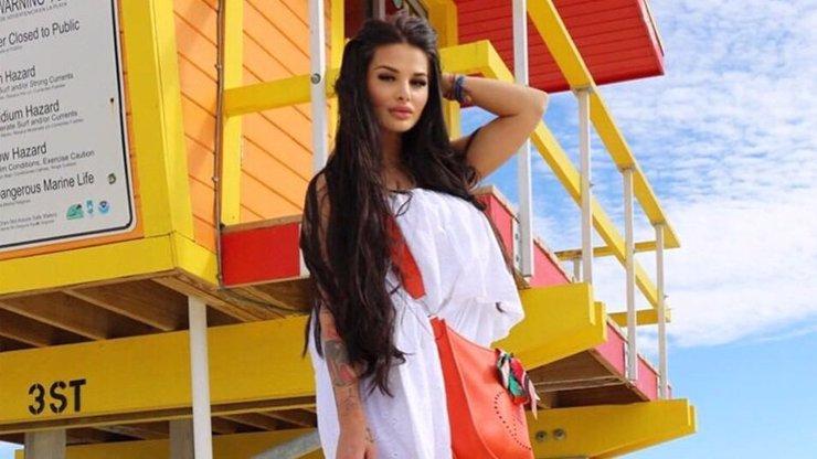 Královna Instagramu Zuzana Plačková v tom? Kráska všechny srovnala do latě!