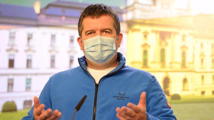 Hamáček řeší problém s několika přechody s Rakouskem: Měly být otevřené, ale nebyly