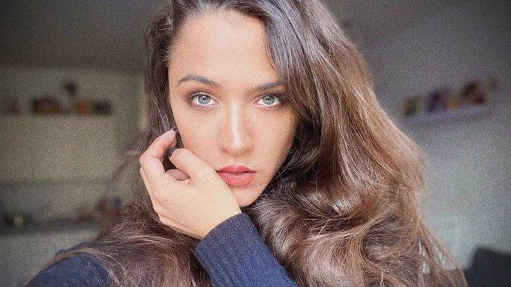 Hvězdě seriálu Slunečná krvácí srdce: Evu Burešovou zasáhla smrt mladé ženy