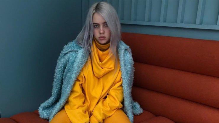 Billie Eilish vstupuje do dospělosti: Osmnáctiletou zpěvačku málem roztrhali fanoušci