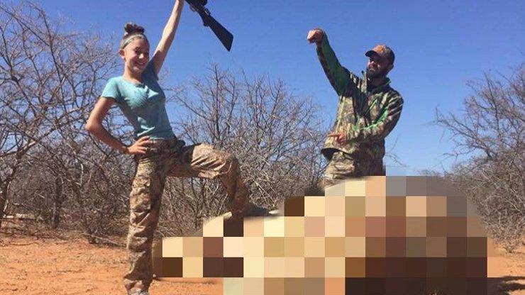 Dvanáctiletá dívka loví vzácná zvířata pro ZÁBAVU! Lidé z celého světa jí vyhrožují SMRTÍ!