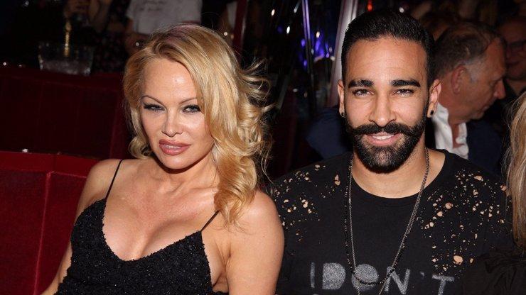Francouzský fotbalista Adil Rami: Pamela Anderson byla v posteli neukojitelná