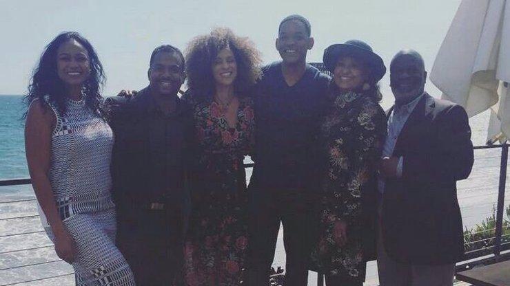 Herci ze seriálu Fresh Prince museli vypít elixír mládí! Po dvaceti letech vypadají všichni naprosto stejně!